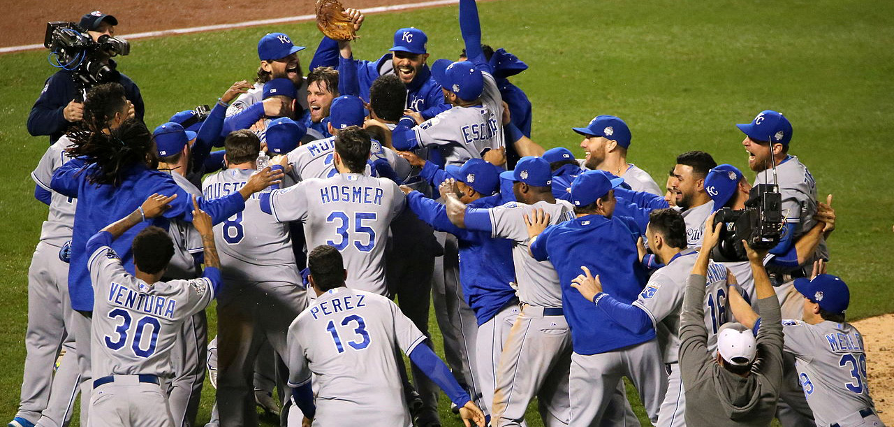 Royals_Celebrating_Winning_the_2015_World_Series BCL